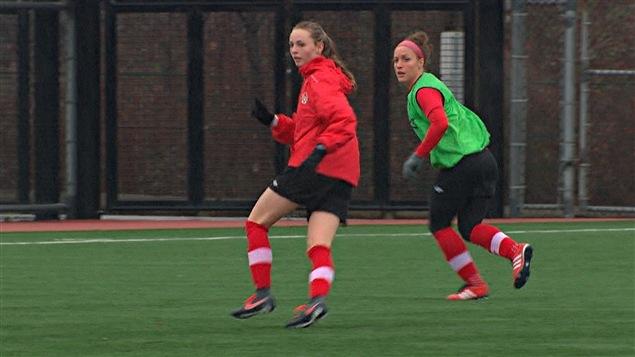 Josée Bélanger et Gabrielle Carle à l'entraînement à Vancouver
