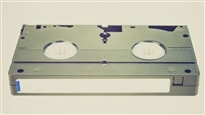 Une cassette VHS.