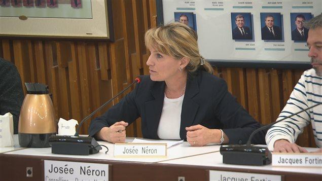 Josée Néron