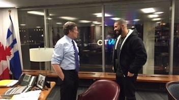 Le maire de Toronto, John Tory, remettra aujourd'hui la clé de la ville au rappeur Drake, l'entraîneur de l'une des équipes de célébrités qui s'affronteront ce soir.