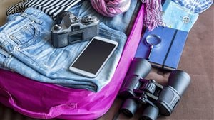 Il peut être compliqué de faire ses valises lorsqu'on est en surplus de poids.