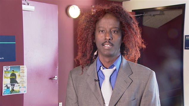 Ahmed Abdulkadir, de l'organisme Ogaden Somali Community of Alberta, le 12 février 2016, à Edmonton.
