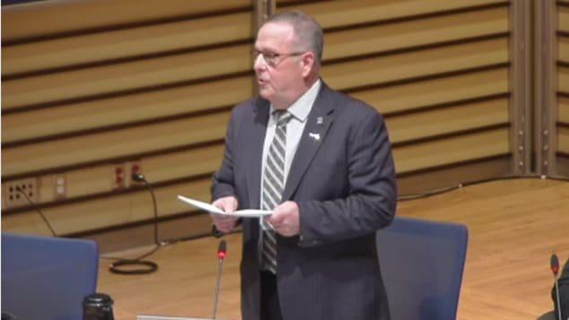 Robert Myles, chef de l'opposition au conseil municipal de Longueuil