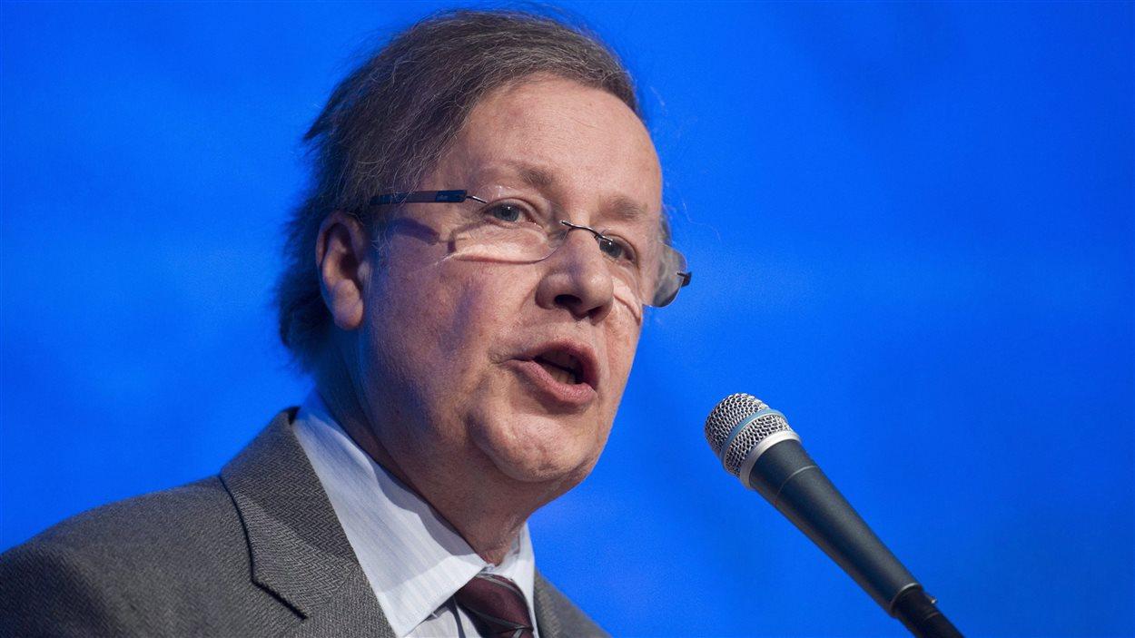 Le président du Parti québécois, Raymond Archambault, lors du conseil général de février 2015.
