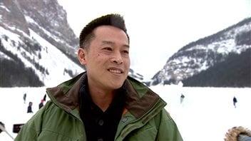 L'Américain Tom Thi est venu passer une semaine en Alberta avec sa famille.