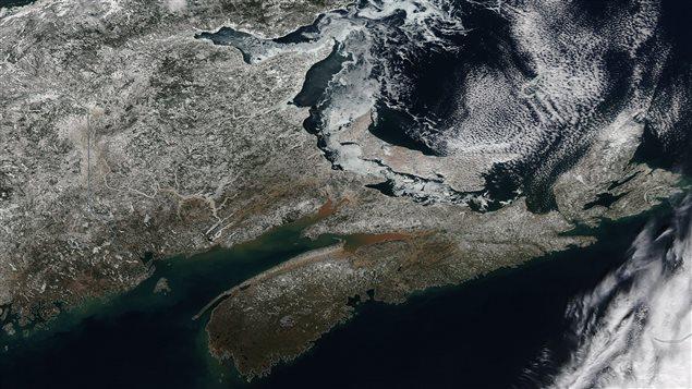 Les Maritimes vues de l'espace