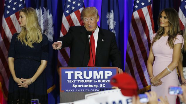 Donald Trump entouré de sa fille et de sa femme.