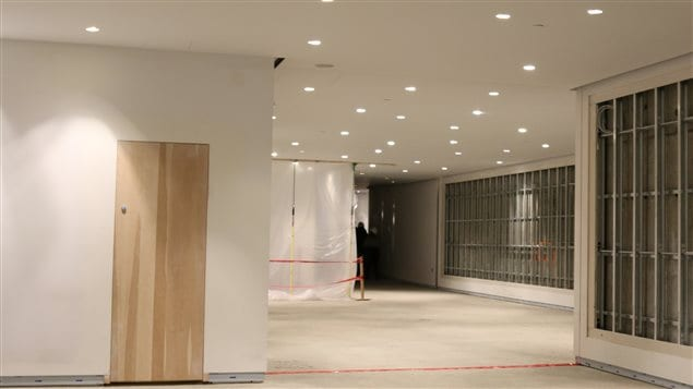 L'oeuvre de Riopelle sera installée dans le Passage Riopelle faisant le lien entre les anciens bâtiments et le nouveau.