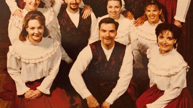 Guy Verrette et des membres de la Ribambelle.