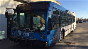 Un autobus de Saskatoon Transit.
