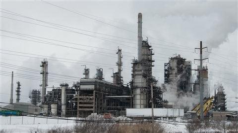 Une raffinerie de la compagnie Irving au Nouveau-Brunswick.