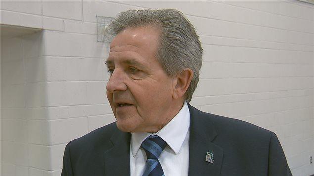 Le maire de Boischatel, Yves Germain, souligne que l'aide financière est indispensable pour certains projets.