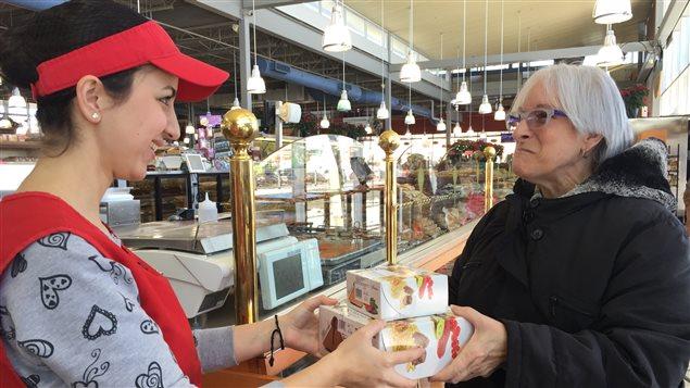 Neven Issak au marché Adonis