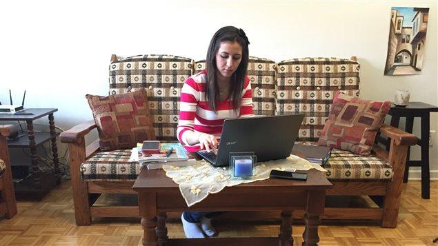Neven Issak à l'étude