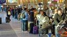 Comment régler la controverse entourant le mauvais accueil de l'aéroport?