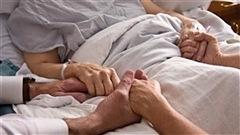 Aide médicale à mourir : le témoignage de ceux qui restent