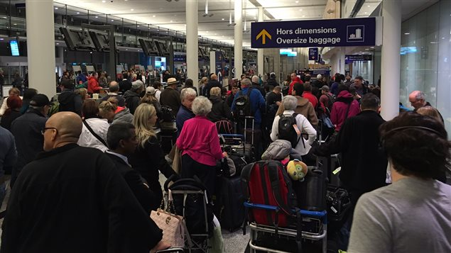 Une panne frappe le système de gestion des bagages pour les vols à destination des États-Unis à l'aéroport Montréal-Trudeau.