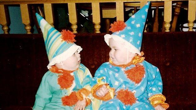 Cory et Kailey Baum dans leurs costumes d'Halloween.