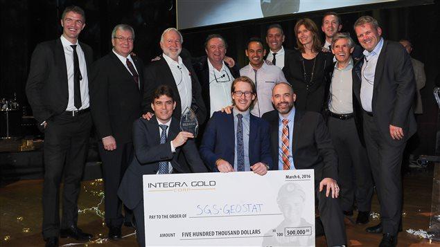 L'équipe de SGS Geostat a remporté la prmeière place du concours Ruée vers l'or d'Integra Gold