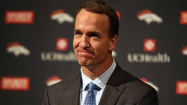 Peyton Manning lors de sa conférence de presse lundi après-midi.