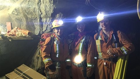 Rachel Charette, Marie-Pier Lambert et Christine Turmel, dans les entrailles de la mine Elder, à Évain