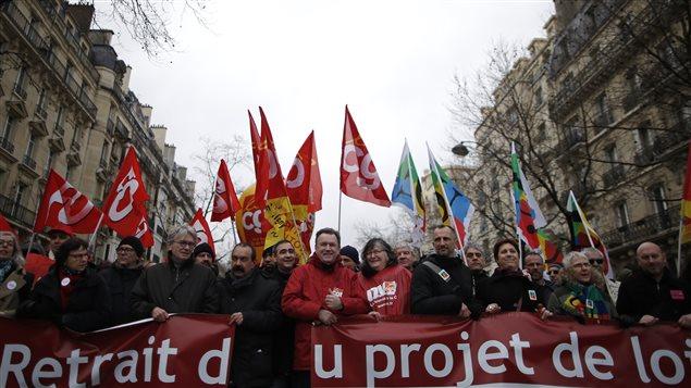 Ce mercredi 9 mars constitue la première journée de mobilisation contre le projet de loi qui modifierait la semaine de travail française de 35 heures.