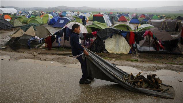 Camp d'Idomeni, situé à la frontière gréco-macédonienne.