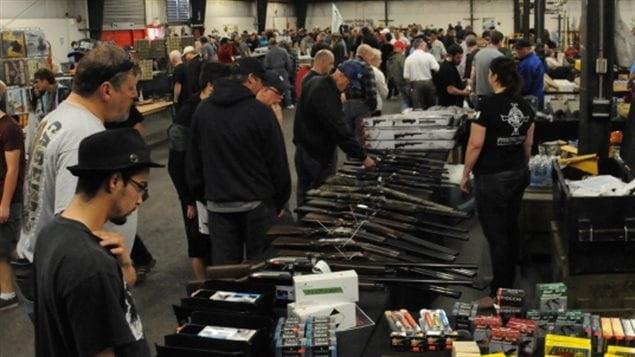 Un salon de chasse peine obtenir un permis surrey for Salon des armes a feu