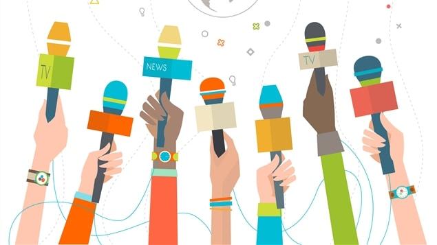 Une horde de journalistes en quête d'information