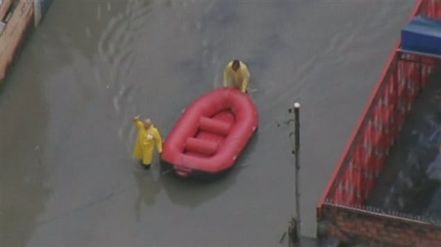 Des pluies diluviennes ont provoqué des inondations et des coulées de boue au Brésil.