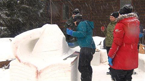 La sculpture sur neige au Festival des hivernants