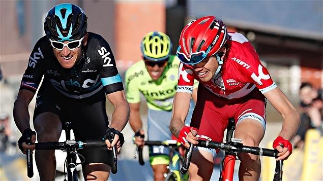 Geraint Thomas (à gauche) et Ilnur Zakarin dans la 6e étape de Paris-Nice