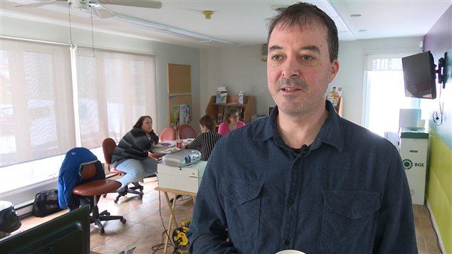 Dave McKinnon, professeur en psychologie et agent de développement à la Commission des ressources humaines des Premières Nations.