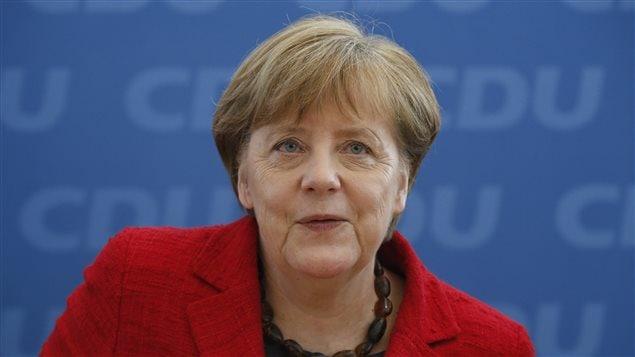 La chancelière allemande, Angela Merkel, entend maintenir sa politique favorable à l'immigration.