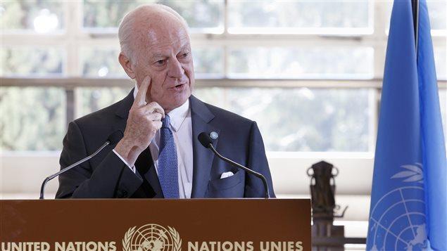 L'envoyé spécial de l'ONU pour la Syrie, Staffan de Mistura, donne une conférence de presse après sa première rencontre avec la délégation du régime Al-Assad.