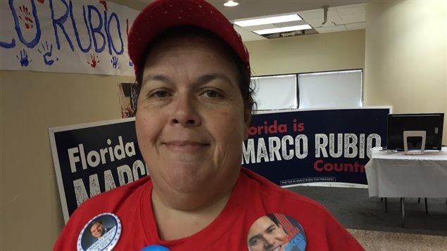 Sandra Posada, une bénévole acharnée pour Marco Rubio.