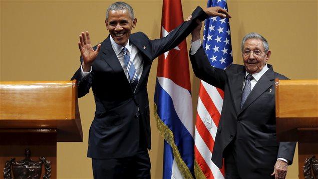 Barack Obama et Raul Castro lors d'une conférence de presse à La Havane