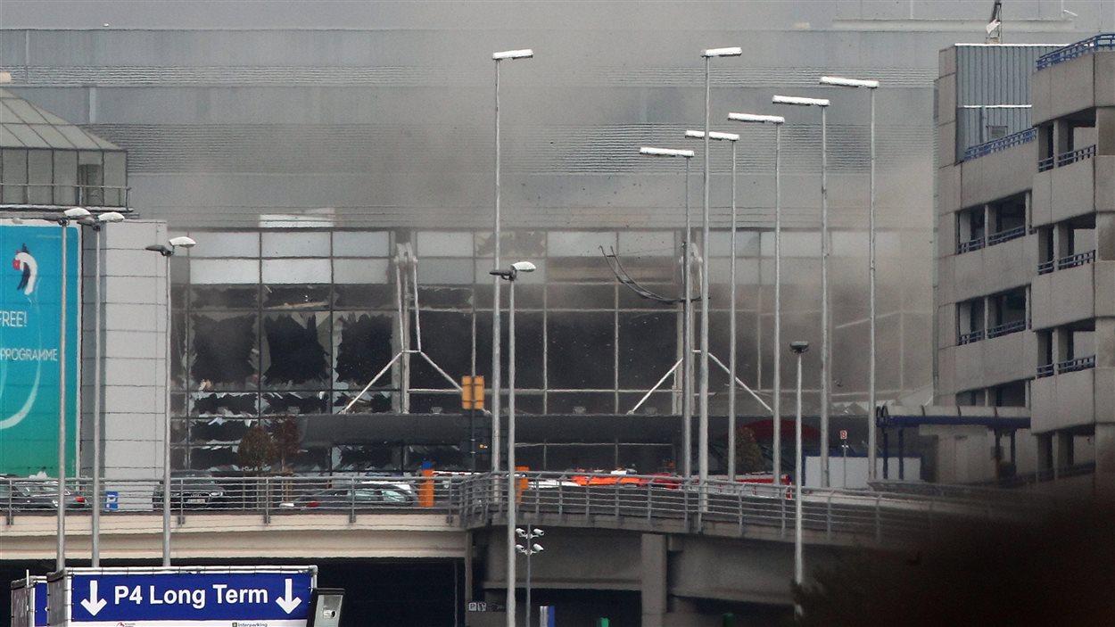 L'aéroport de Bruxelles a été frappé par des attentats.