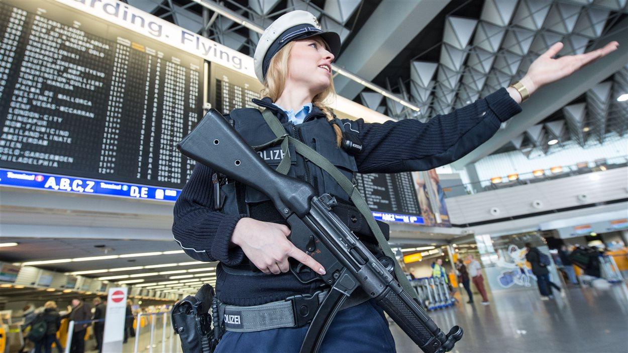 La sécurité a été renforcée dans plusieurs aéroports européens, dont celui de Francfort.