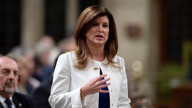 Rona Ambrose, chef par intérim du Parti conservateur