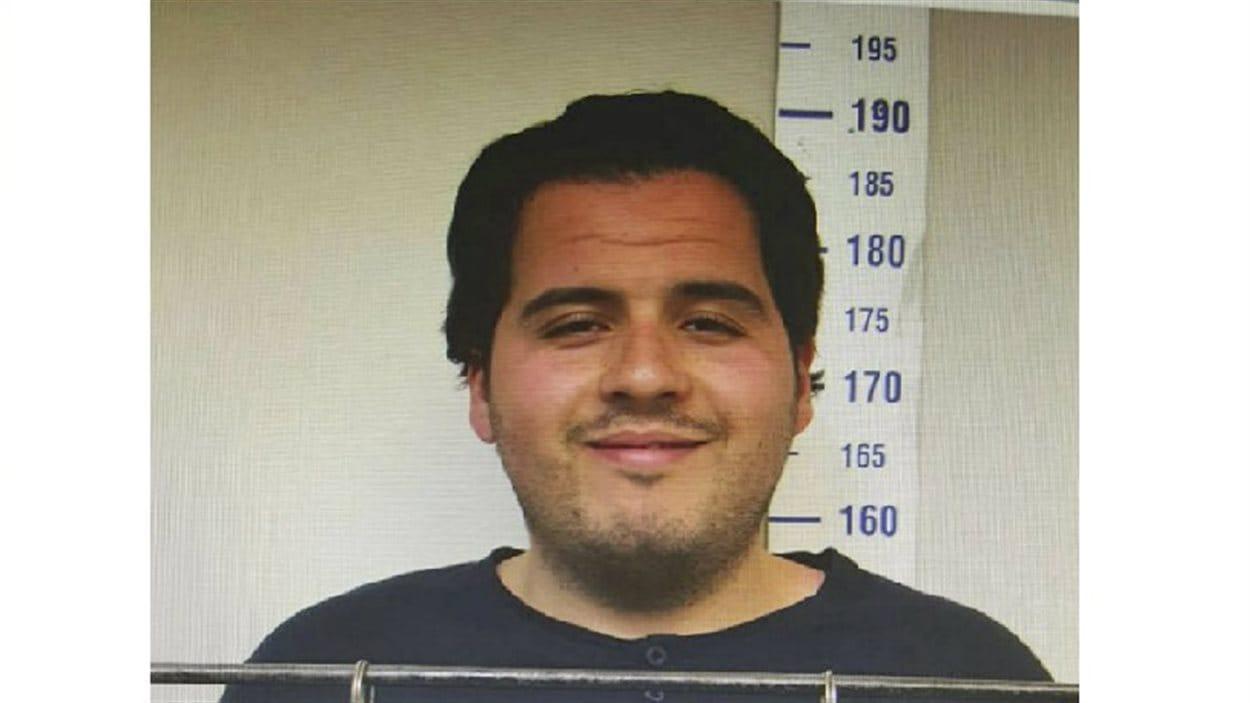 Ibrahim El Bakraoui apparaît ici dans une photo prise en 2015 par la police de Gaziantep et publiée par le journal Haberturk le 24 mars 2016.