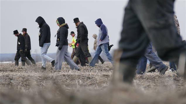 Des centaines de personnes participent aux recherches près d'Austin, dans le sud-ouest du Manitoba