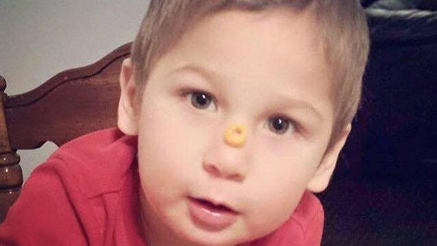 L'enfant de 2 ans a disparu depuis mardi à Austin, au Manitoba.