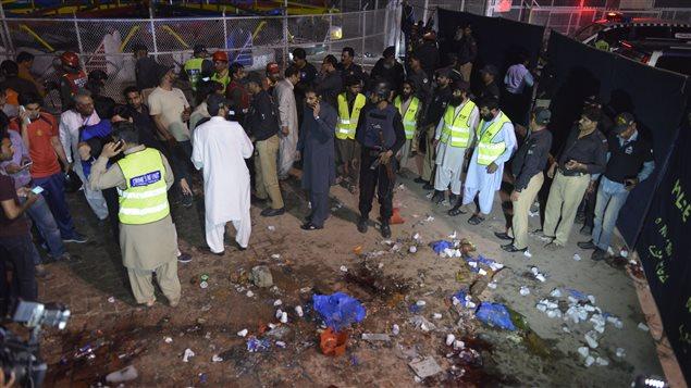 L'explosion est survenue dans le stationnement d'un parc où plusieurs chrétiens s'étaient rendus pour célébrer Pâques. (27 mars 2016)