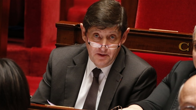 Le ministre français de la Ville, de la Jeunesse et des Sports, Patrick Kanner