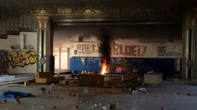 Cette photo mise en ligne sur Snapchat a permis aux enquêteurs du SPVM d'identifier des suspects de l'incendie du théâtre Snowdon.