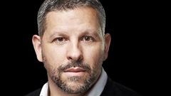 L'ex-policier Stéphane Berthomet préfère la plume au fusil
