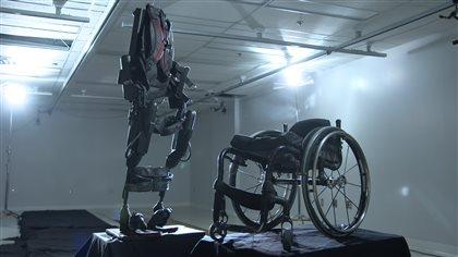 Les exosquelettes pour aider les personnes paraplégiques à améliorer leur condition physique