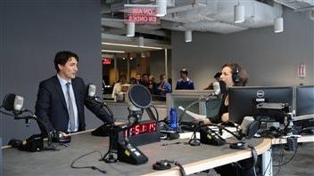 Le premier ministre du Canada, Justin Trudeau, rend visiste au nord de l'Ontario