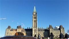 Fonctionnaires sans salaire durant des semaines:Ottawa reconnaît les ratés